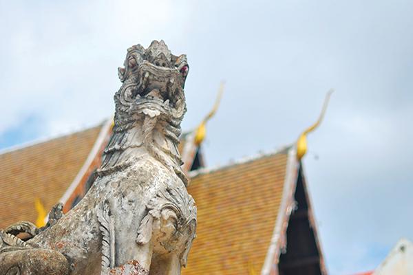 泰国寺庙的 神话生物
