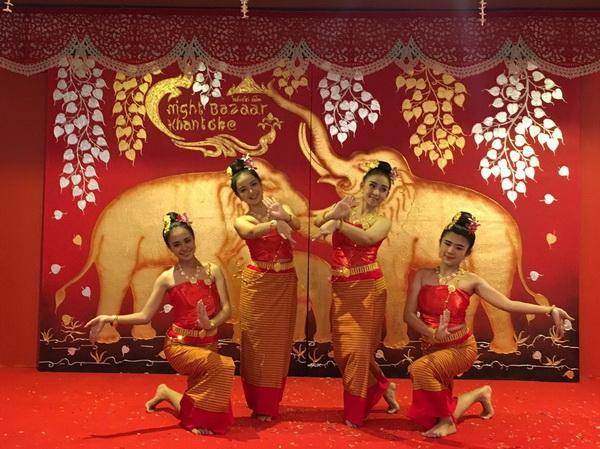 Beautiful Show at Khantoke