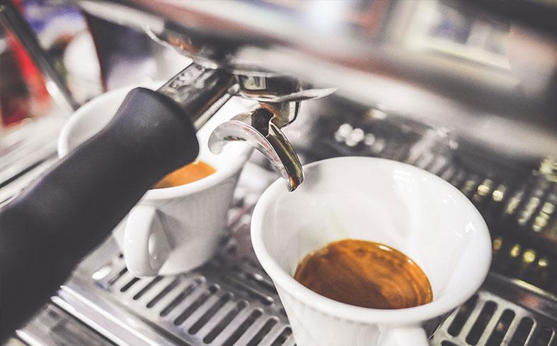 LE CAFÉ, L'OR NOIR DE CHIANG MAI