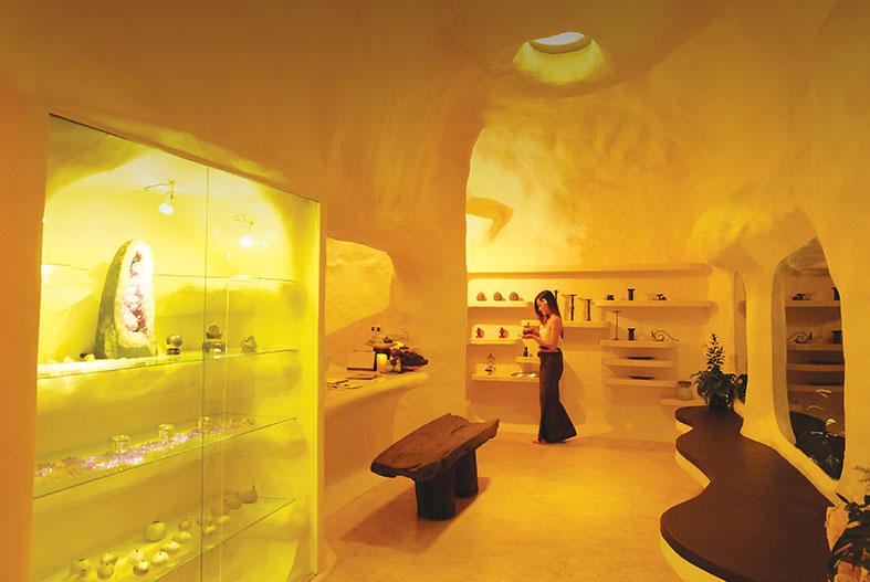 享受温泉自助餐 Sri Mantra Spa